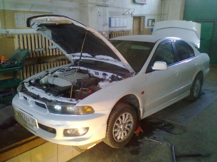 Запчасти на автомобиль Mitsubishi Galant