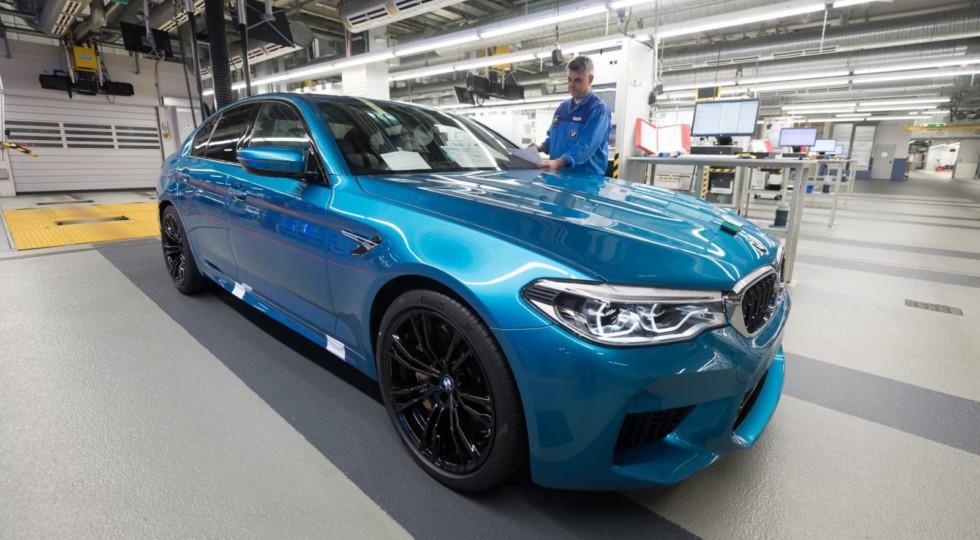 Самый мощный седан BMW M5 встал на конвейер завода в Дингольфинге