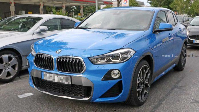 Гибридный BMW X2 сфотографировали без камуфляжа