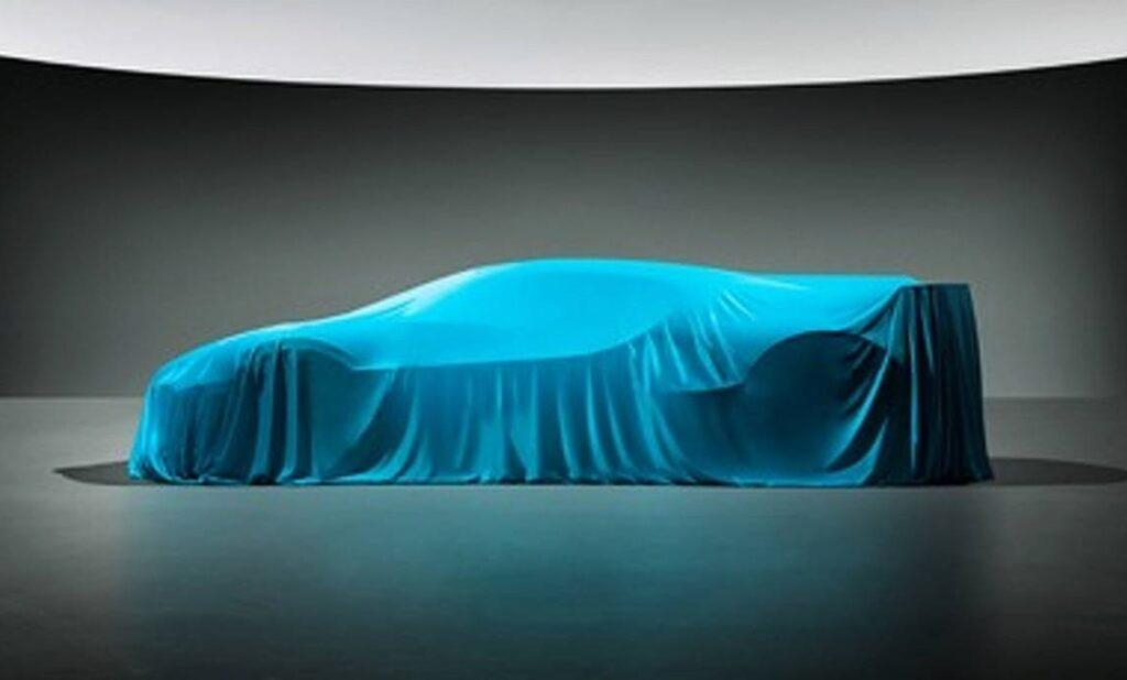 Компания Bugatti на тизере показала силуэт гиперкара за 5 млн евро