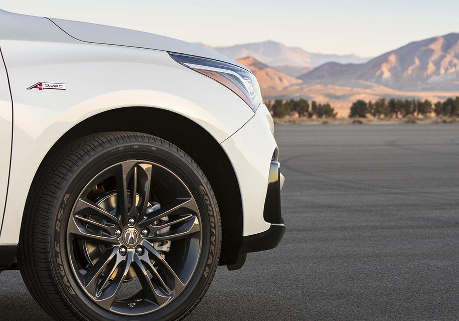 Acura показала первое изображение нового серийного Acura RDX