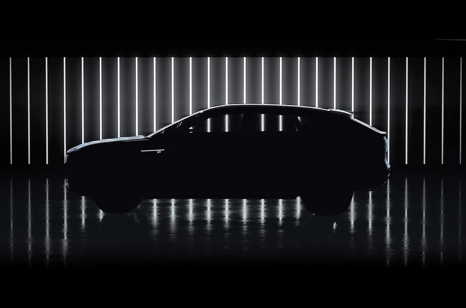 Cadillac представил новый тизер электрического кроссовера Lyriq