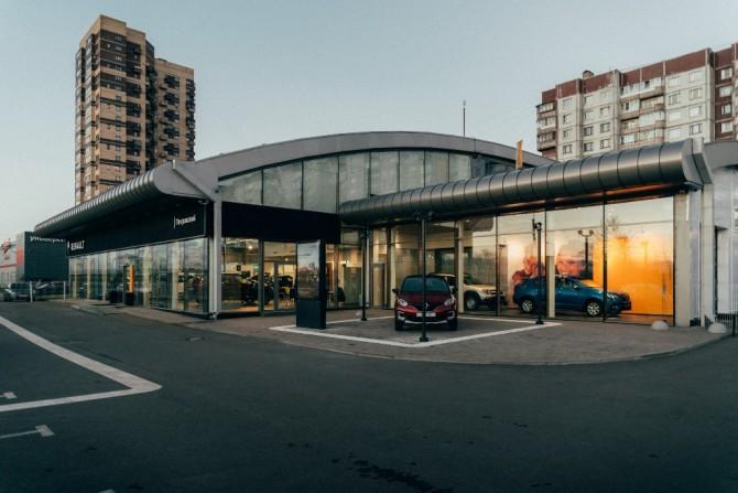 Renault в Санкт-Петербурге открыла новый дилерский центр