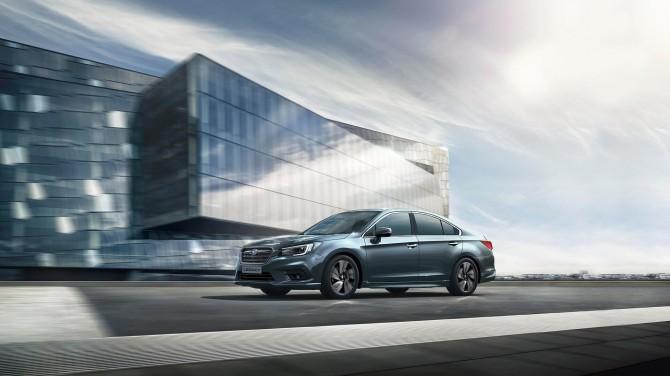 Subaru начала продажи обновленного седана Subaru Legacy