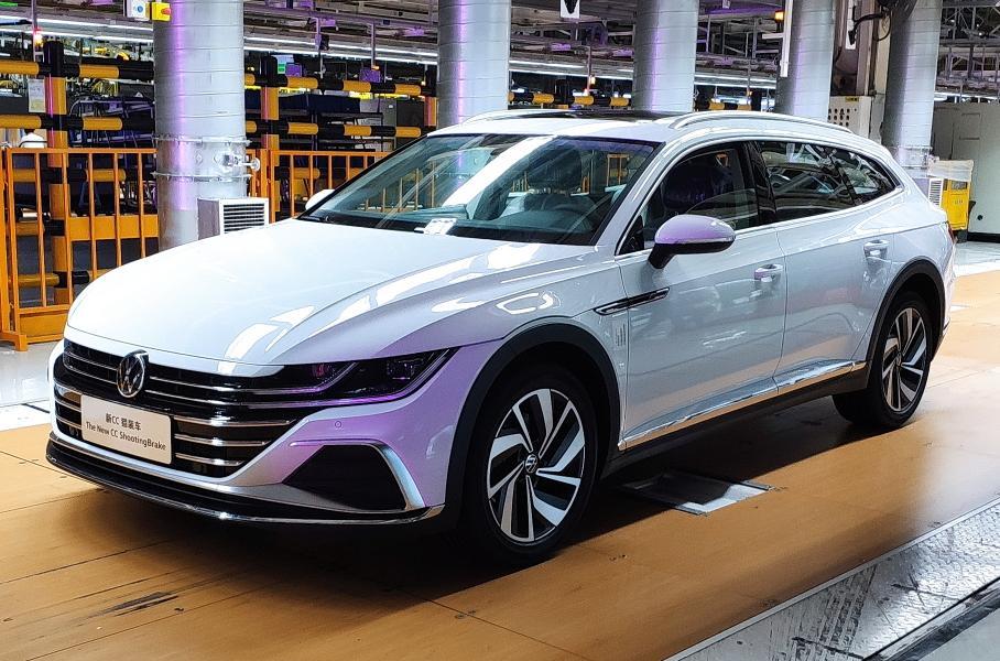 У Volkswagen в Китае появился новый стильный кросс-универсал