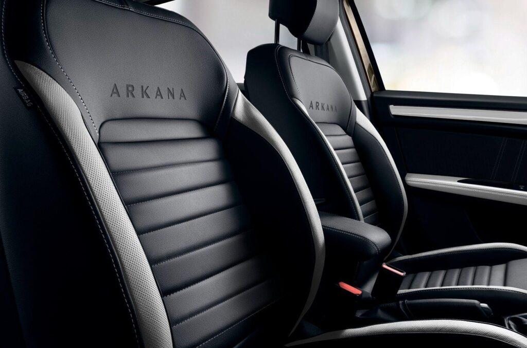 Начались российские продажи обновленного кроссовера Renault Arkana 2021 года