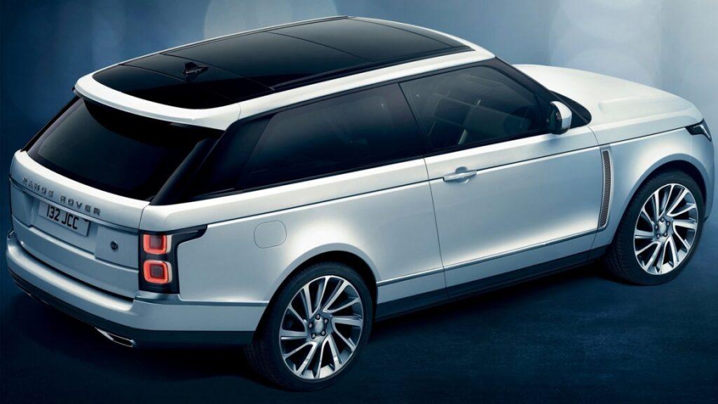 В РФ стартовал прием заказов на внедорожник Range Rover SV Coupe