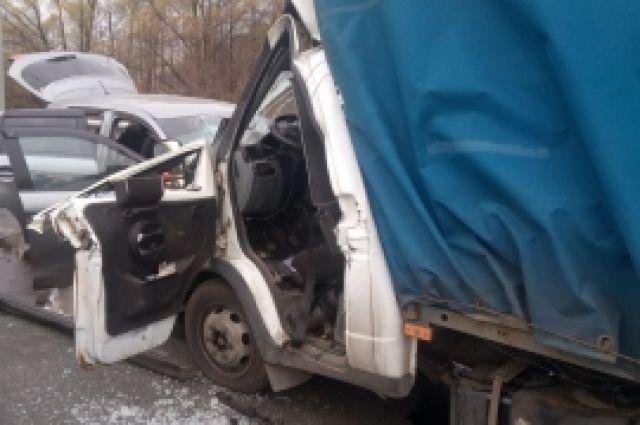 Четыре человека пострадали и один погиб в ДТП на трассе под Пензой