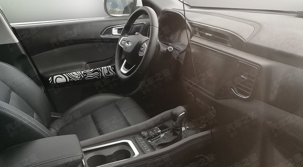 Интерьер обновленного кроссовера Chery Tiggo 5x рассекречен до дебюта