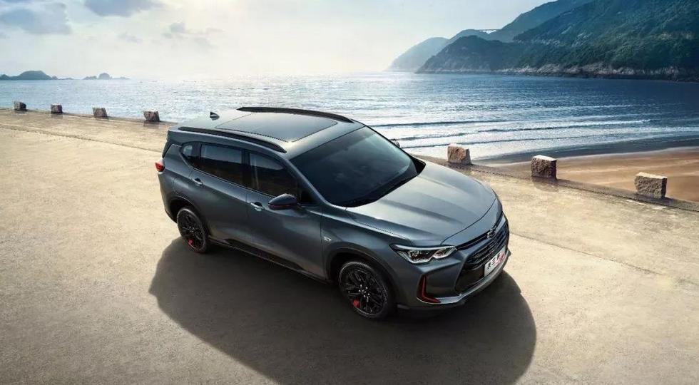 GM рассекретил интерьер Chevrolet Orlando нового поколения до премьеры