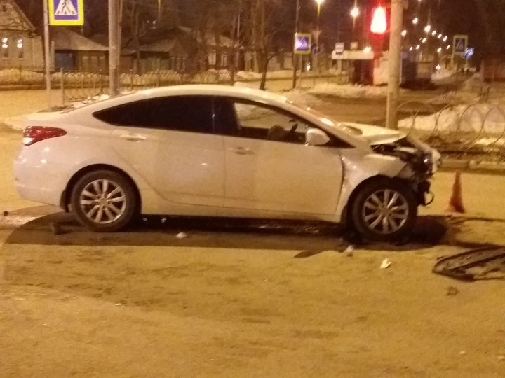 В ДТП двух иномарок в центре Тамбова пострадали двое