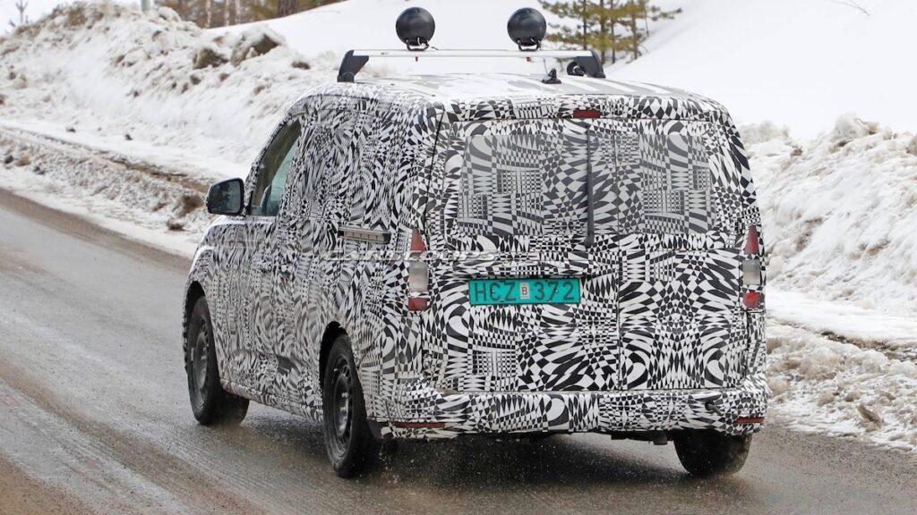 Фургон Volkswagen Caddy нового поколения получит другую платформу