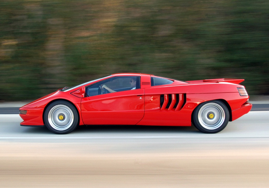 Экс-инженер Lamborghini соберет 30-летний суперкар с мотором V16
