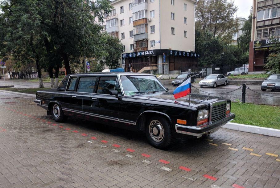 Житель Екатеринбурга продает советский лимузин ЗИЛ-41045 за 37 млн рублей