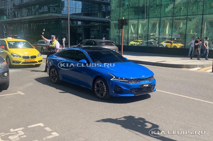 Появились фотографии нового седана Kia Optima для России