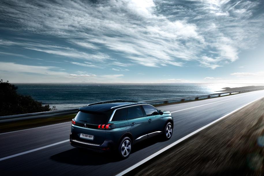 Peugeot начнет продажи кроссовера 5008 в России в начале 2018 года