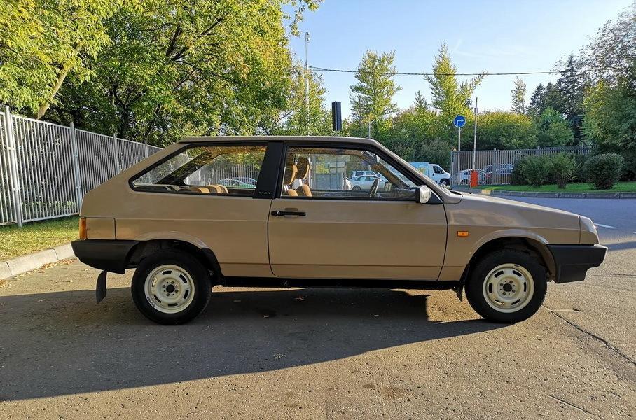 Старый ВАЗ-2108 с редкой версией двигателя появился в продаже
