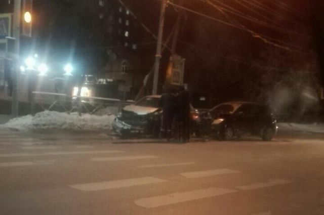 Пьяный водитель покалечил двух девушек в ДТП в Новосибирске