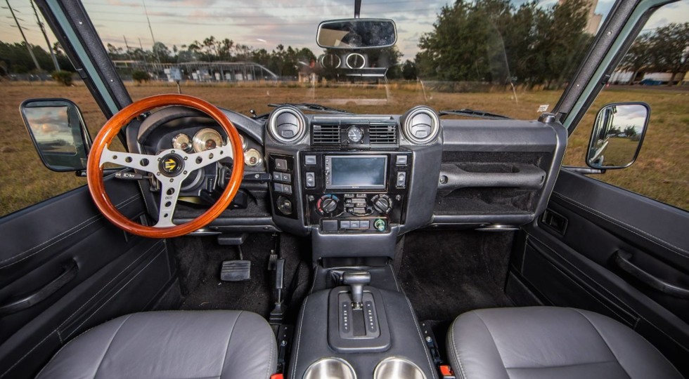 Тюнинг-ателье East Coast Defender подготовило новый интересный Land Rover