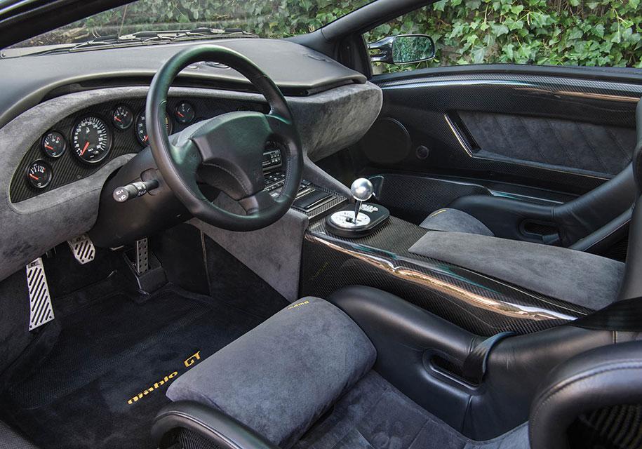 """Дичайший"" Lamborghini Diablo GT без пробега продадут на аукционе"