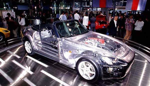 В Японии показали Honda S2000 с прозрачным кузовом