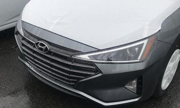 В сети раскрыли дизайн обновленного седана Hyundai Elantra