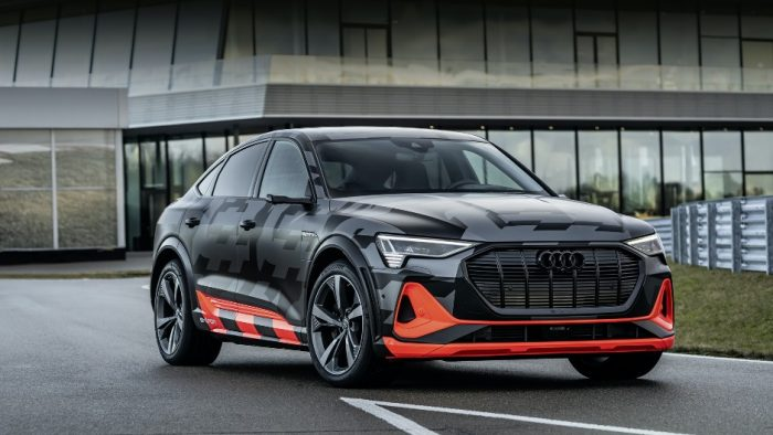 Audi e-tron S: быстрый и технологичный