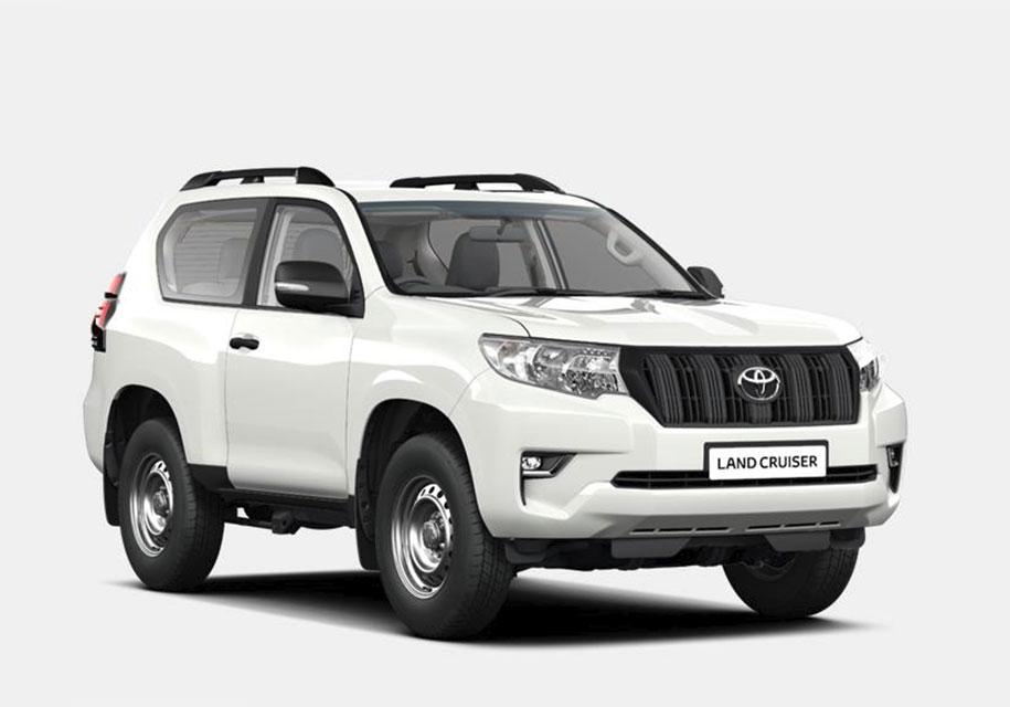 Новую «бюджетную» комплектацию получил Toyota Land Cruiser Prado