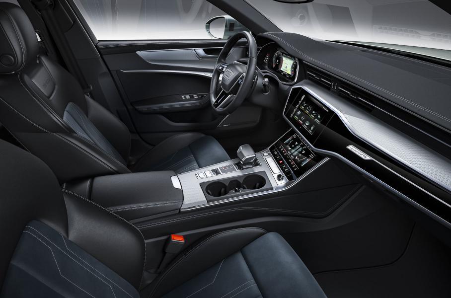 Audi назвала цены на новый универсал Audi A6 allroad quattro в России