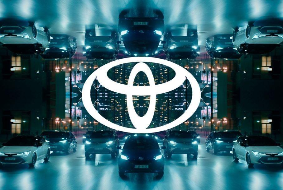 Toyota презентовала свой обновленный логотип