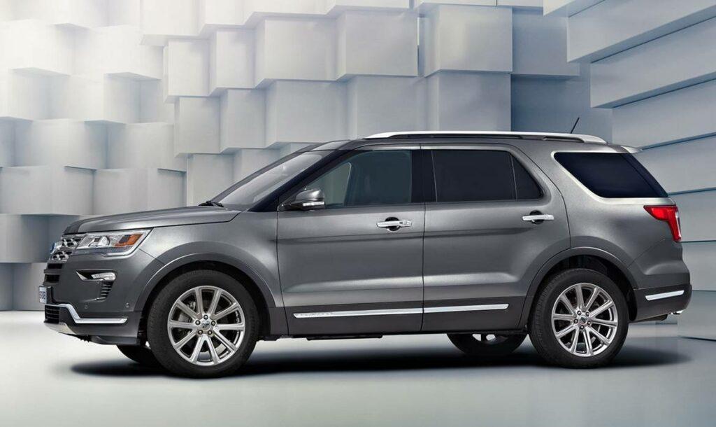 Ford в Россию привез обновленный внедорожник Ford Explorer