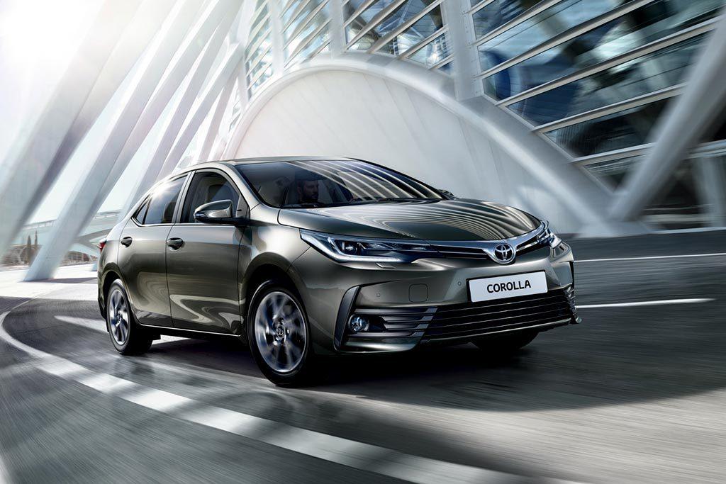 Бизнес-седан Toyota Corolla подорожал до 30 000 рублей в октябре