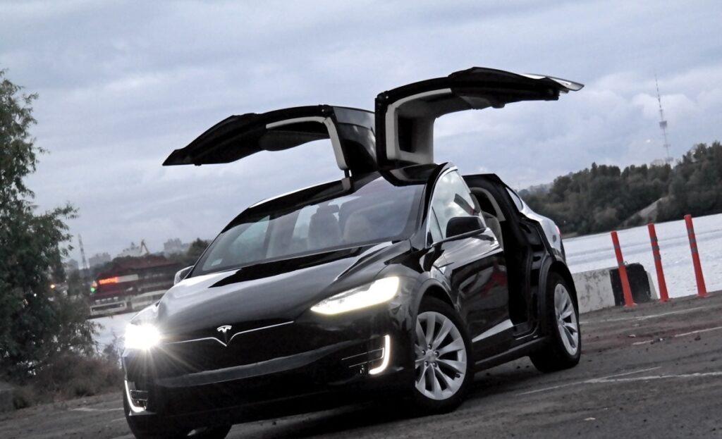 Продажи электромобилей в РФ увеличились на 37,5% с начала года