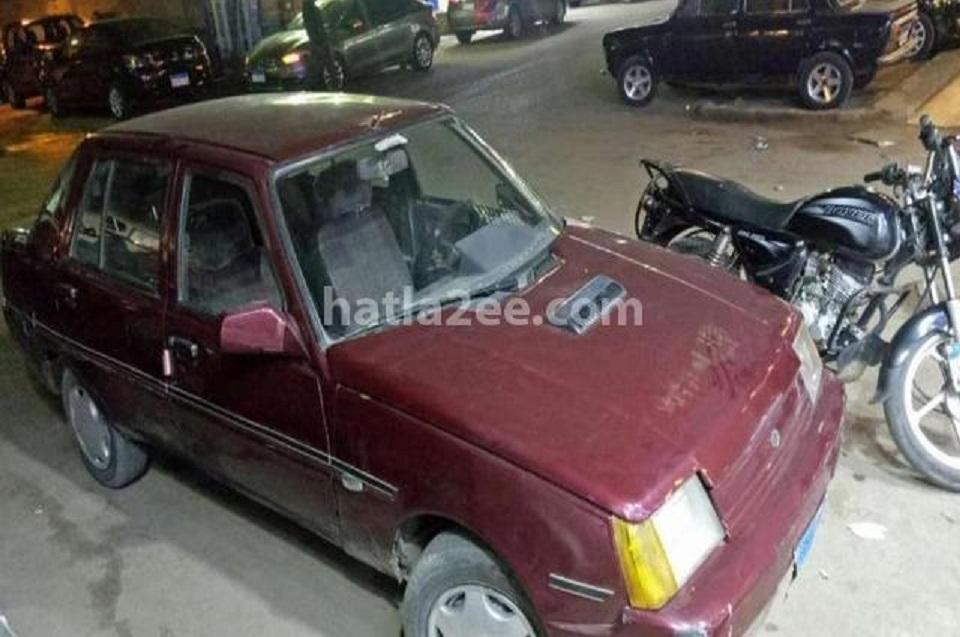 Битый ЗАЗ Славута без пробега выставлен на продажу в Египте