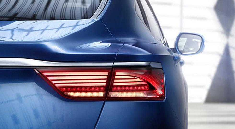 Geely представила новый седан Emgrand GT на официальных фото