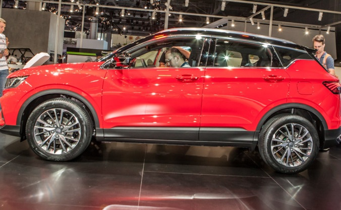 Geely представила на ММАС-2018 новое кросс-купе Geely SX11