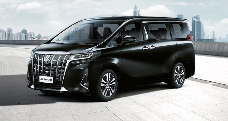 Минивэн Toyota Alphard нового поколения появился на рынке России