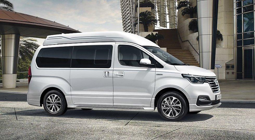 Минивэн Хюндай  Grand Starex получил версию Limousine