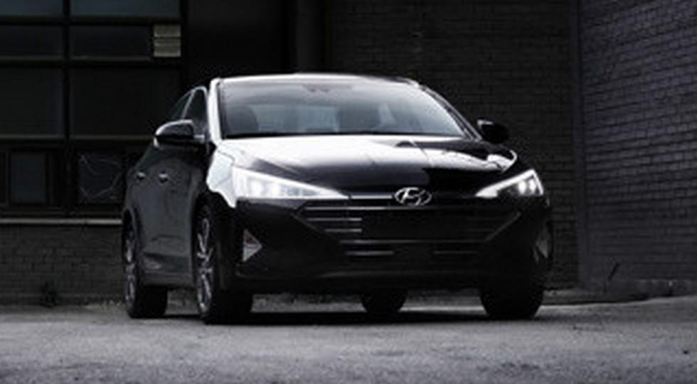 Обновленный седан Hyundai Elantra показали на «рекламных» фото