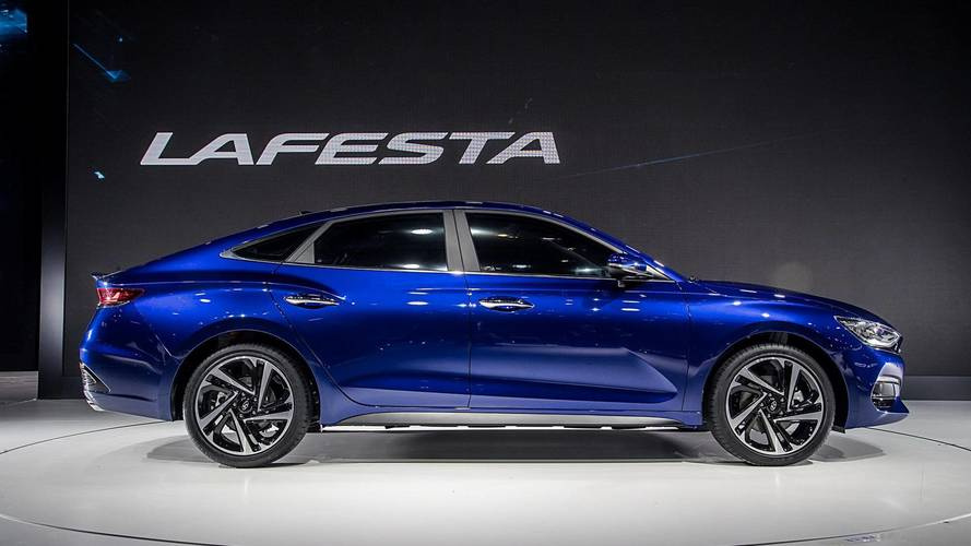 Hyundai «украл» у Nissan название для нового автомобиля