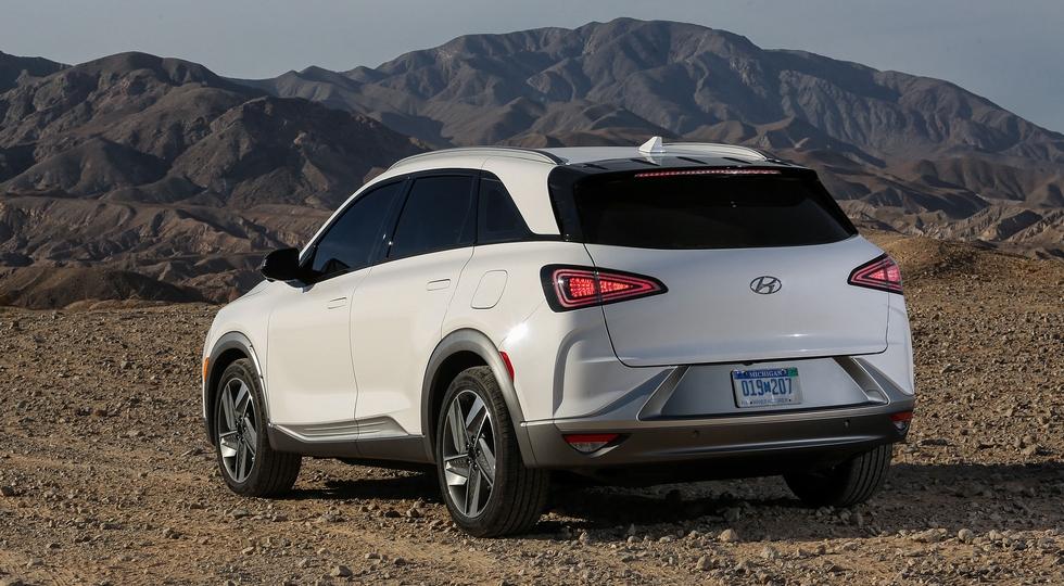 Hyundai начала продажи нового кроссовера Hyundai NEXO