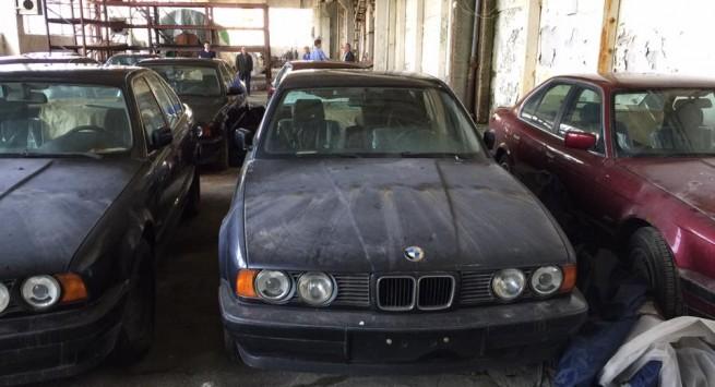 В Болгарии найден склад с новыми «пятерками» BMW из 1990-х
