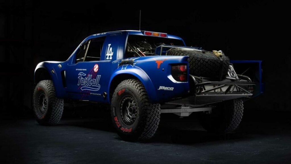 Владелец бейсбольного клуба оформил заказ на сумасшедший Ford Raptor