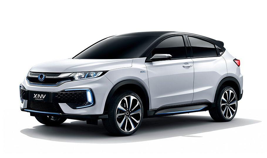 Новый кроссовер Honda X-NV начал поступать к дилерам