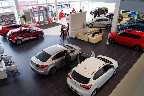 Как выбрать автосалон для покупки автомобиля?