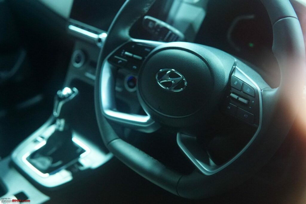Интерьер нового поколения Hyundai Creta раскрыт фотошпионами