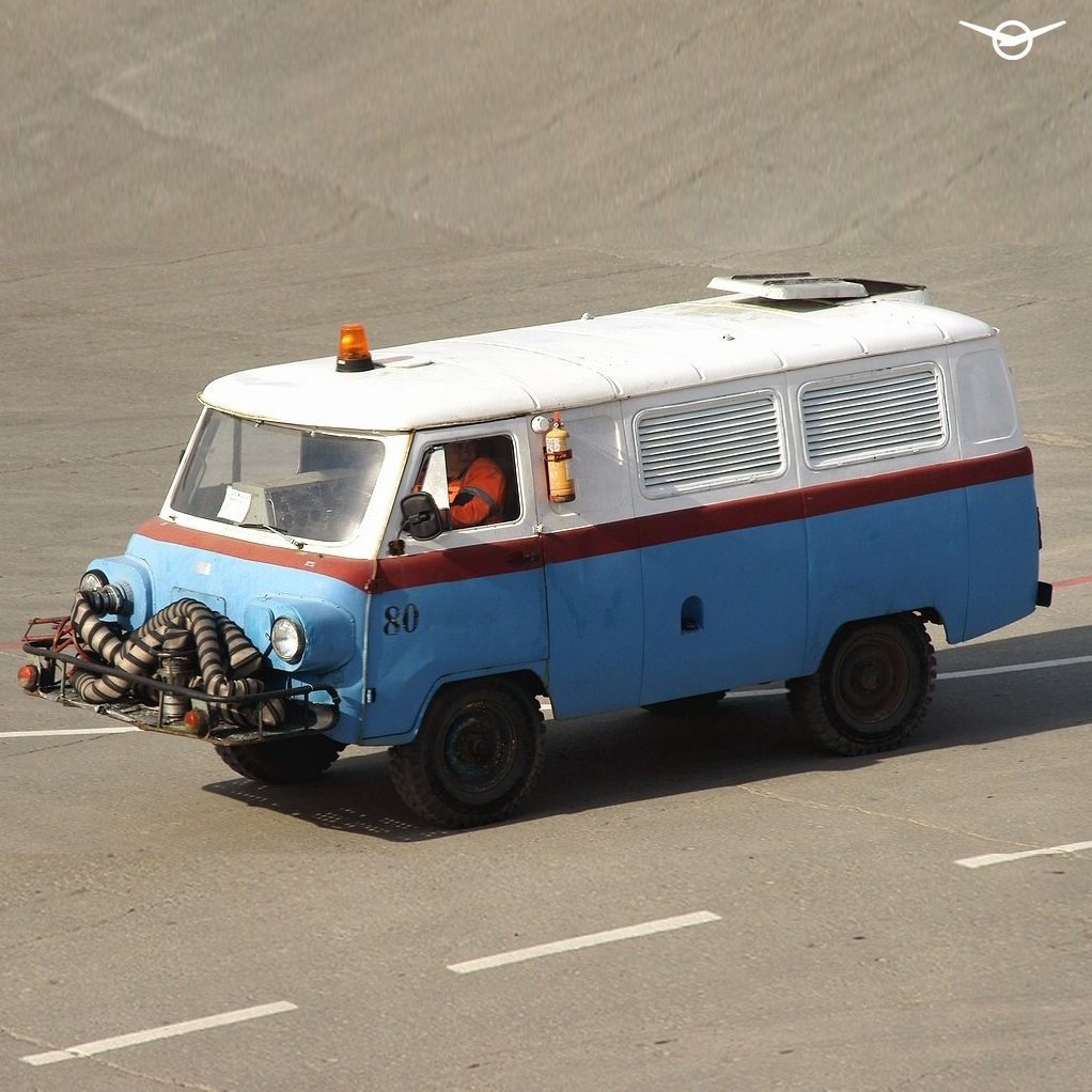 УАЗ рассказал об УАЗ «Буханке» с двигателем от самолёта