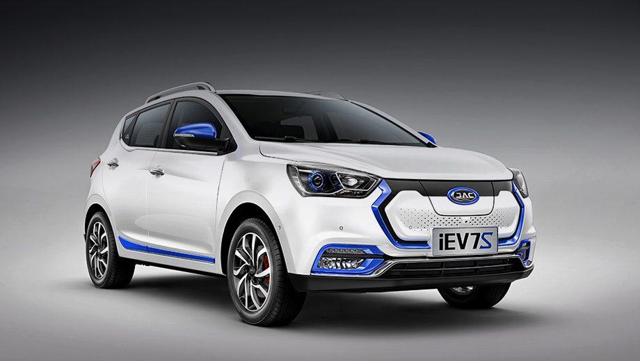 JAC официально анонсировал в России электромобиль JAC iEV7S