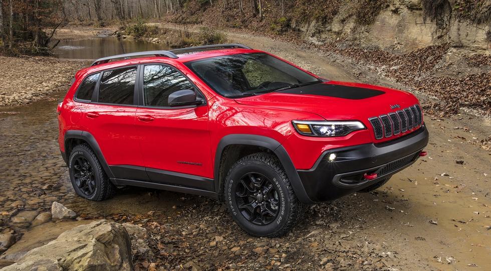 Стоимость нового внедорожника Jeep Cherokee 2019 составила $25 тысяч