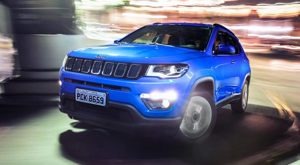 В России на 15 000 – 250 000 рублей подорожали автомобили Jeep